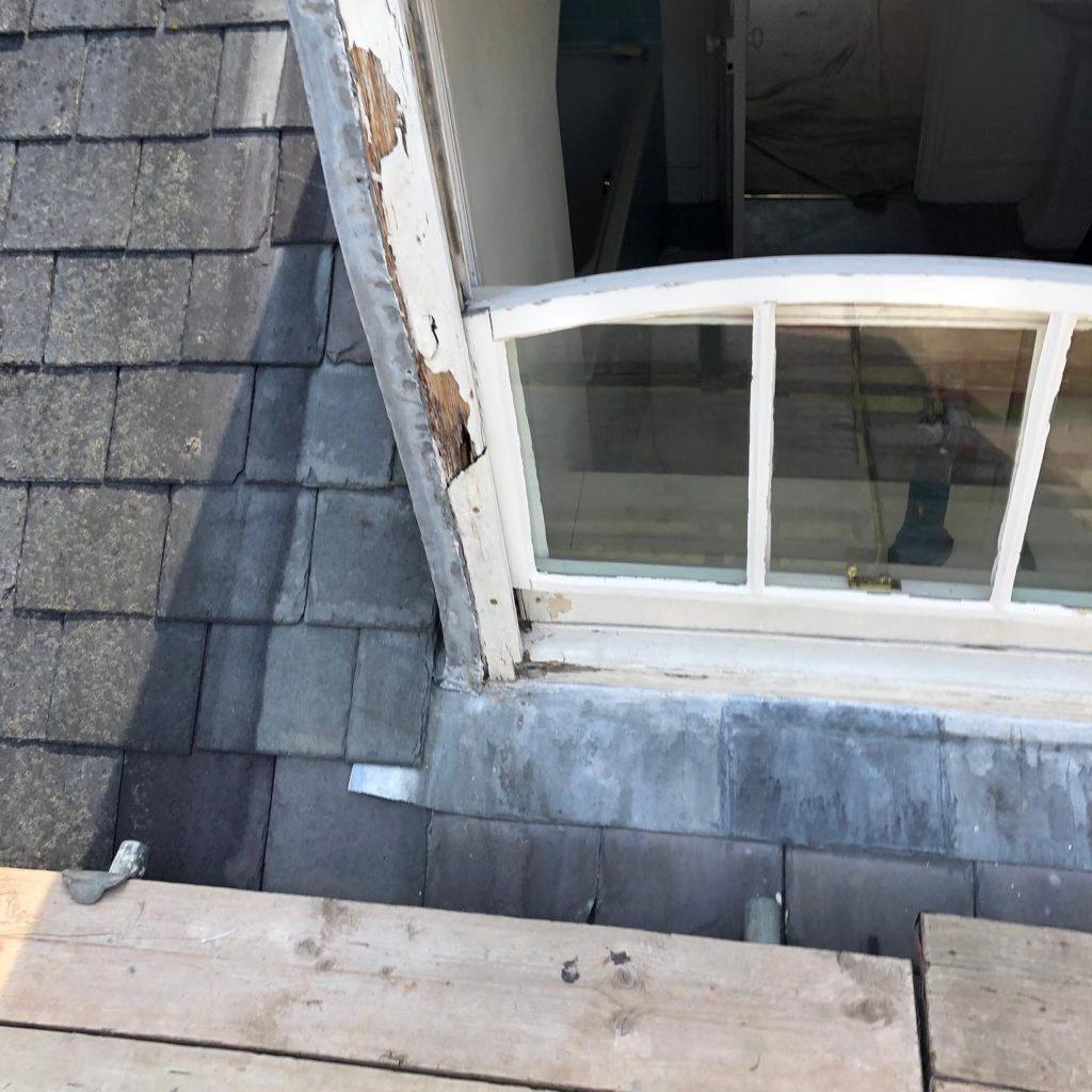Dormer sash window